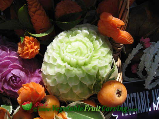 Thai_Fruit_Carvings05_525