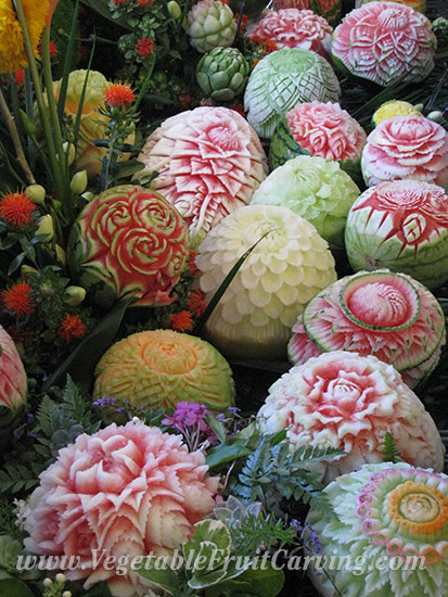 Thai fruit carving melon carvings