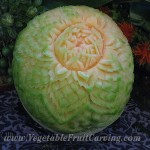 Cantaloupe carving top view