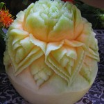 Melon carving  side view