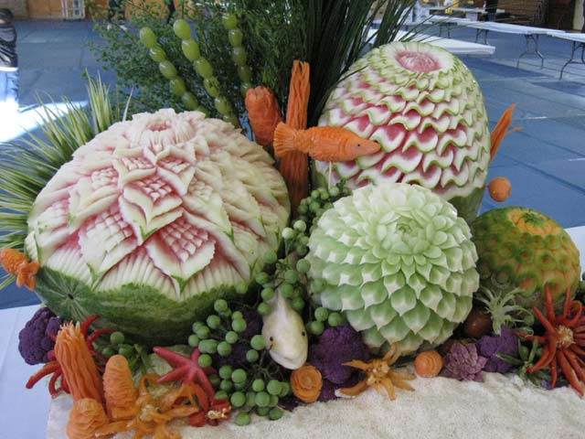 The carve iv vegetable and fruit carving competition