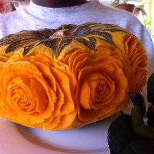 carving roses in kabocha squash