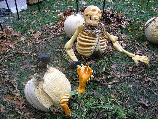 White House graveyard pumpkins