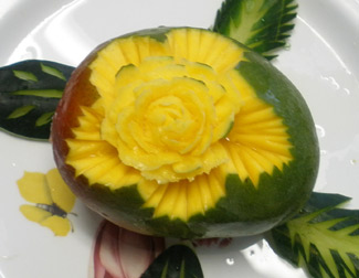 Rose Carving Technique used on mango by Phung