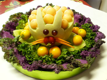 Melon  Bunny salad by Phung