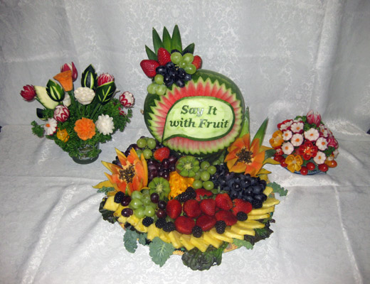 Aneta's vegetable and fruit carving business