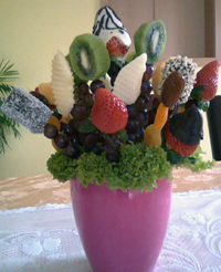 Fruit arrangements with chocolate