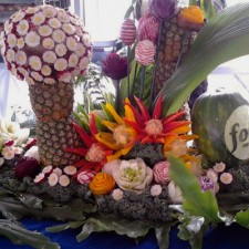 Vegetable and Fruit Carving Radish Flowers