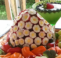 Vegetable and fruit carvings Radish Bouquet