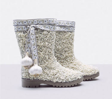 Food Art Pictures rice garlic boots by Fulvio Bonavia