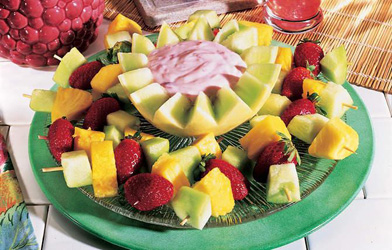 picnic ideas fruit kabobs with dip