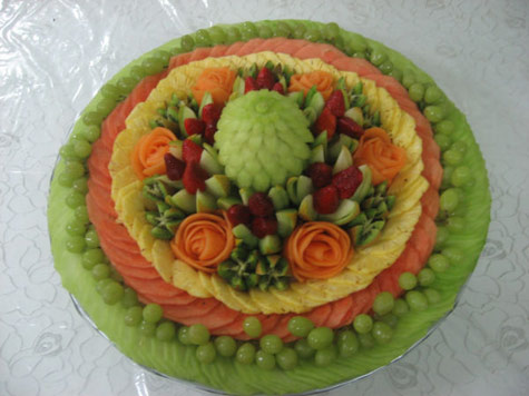 round fruit tray