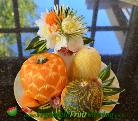 vegetable arrangment carved by Nita