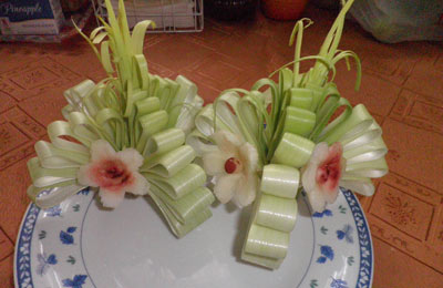 Leek ribbon flowers