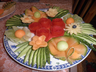 platter of garnishes