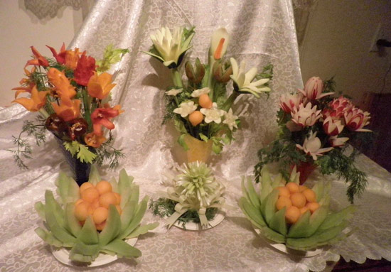Carved vegetable and fruit flowers