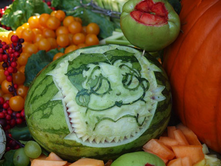 betty-boop-watermelon-carving