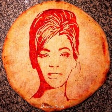 Food art Pizza of Beyonce Knowles by Domenico Crolla