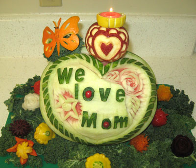 we love mom carving