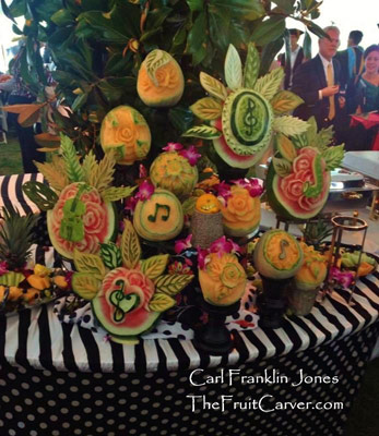 Carl-Jones-musical fruit carvings