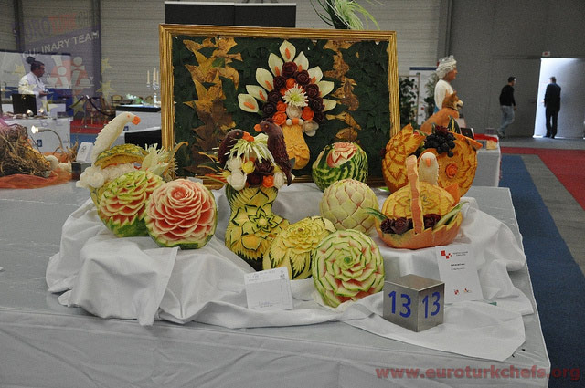 melon-carvings
