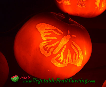 butterfly-carved-pumpkin-lit