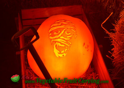 mummy pumpkin at night
