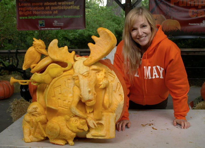 Zoo carving by Sue Beatrice