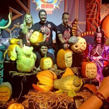 Sue with other amazing pumpkin carvers Ray Villafane,