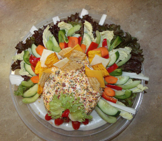 Thanksgiving cheeseball platter