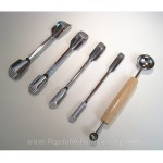 Set of 4 Corrugated U-cutter tools plus double ended melon baller with mini melon baller on one end.