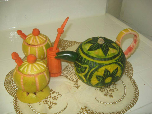 Najwa Tea Set Carving