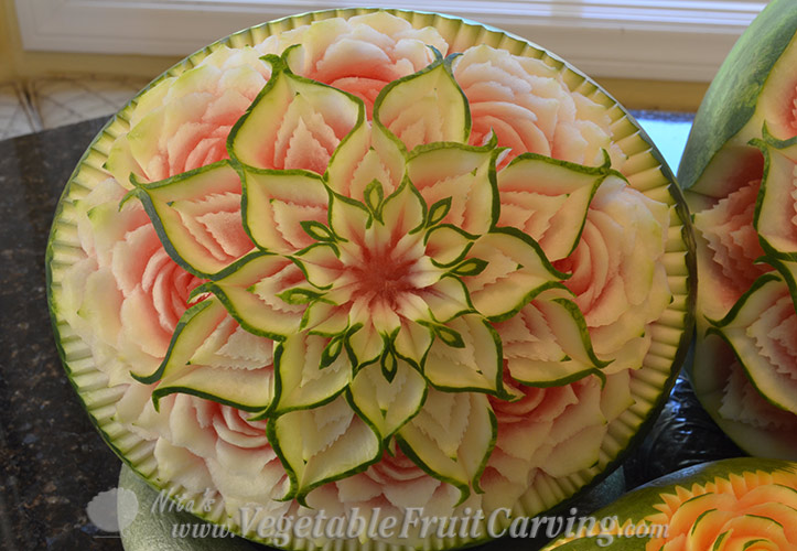 Closer look at Thai Watermelon carving pattern