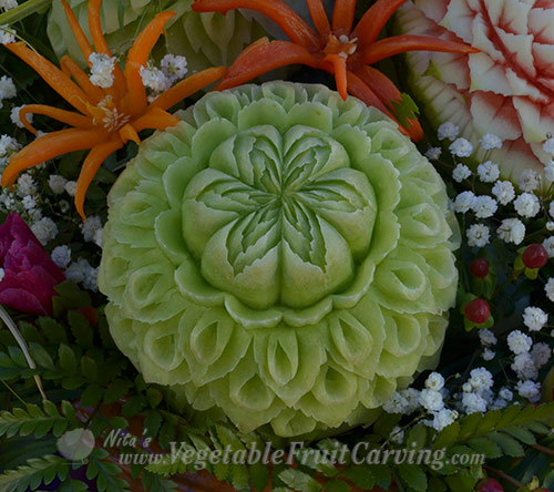 Thai-melon-carving-Nuj-Loy-Krathong-042