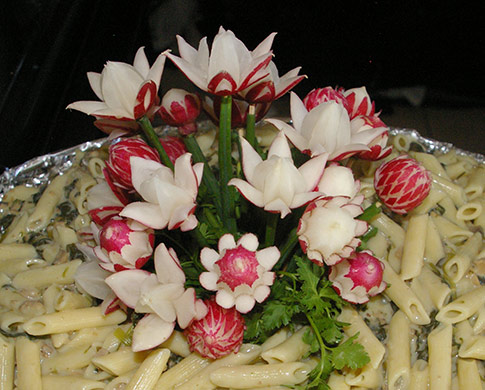 radish bouquet by Lino