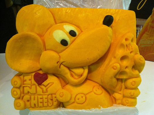 Mickey-Mouse-cheese-sculpture