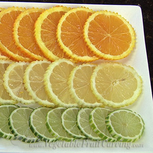 Citrus fruit tray with decorated edges