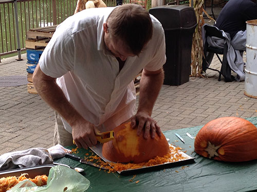 Dustin Weatherby at pro pumpkin competition