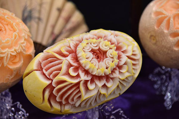 taiwan-carving-contest-melon