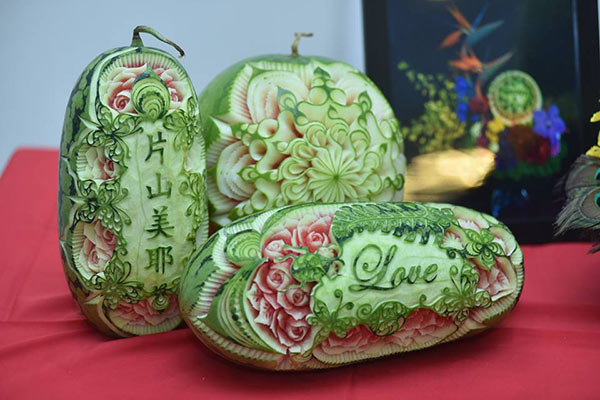 watermelon carving trio at Carving Contest in New Taipei City