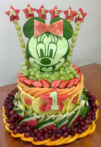 Minnie Mouse fruit tray is a fun way of celebrating Baby's 1st Birthday Fresh Fruit