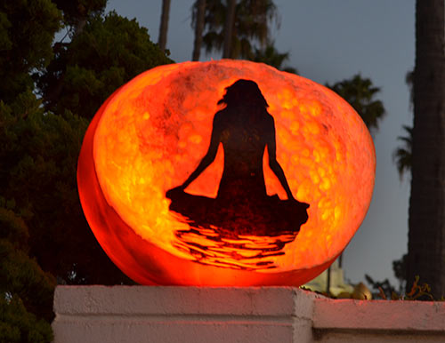 0290_meditation-pumpkin-srf-encinitas2015