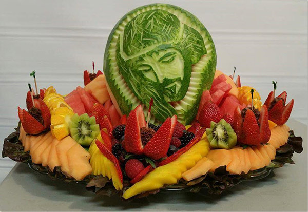 Jesus watermelon carving by Feliciano Moreno