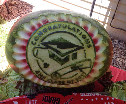 Watermelon carved with graduation pattern