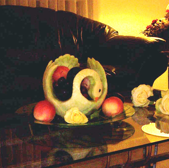 honeydew melon swan fruit bowl.